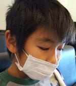 出す マスク 鼻 「鼻出しマスク」「顎マスク」、なぜする? 自分の身近にいたら、どう対処?(オトナンサー)